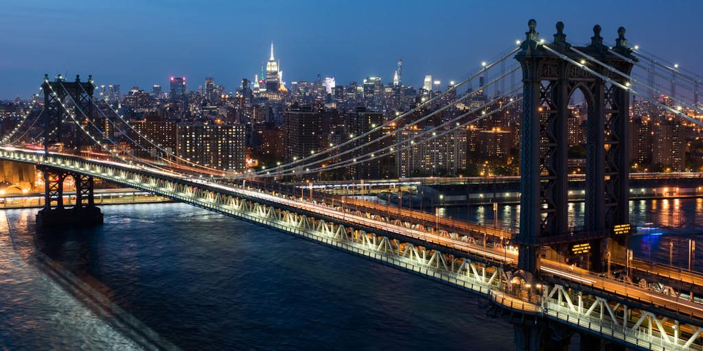 A footslog on The Brooklyn Bridge -things to do in new york city