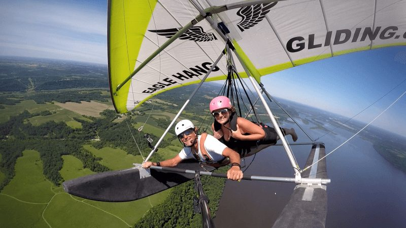 Hang Gliding- flying together