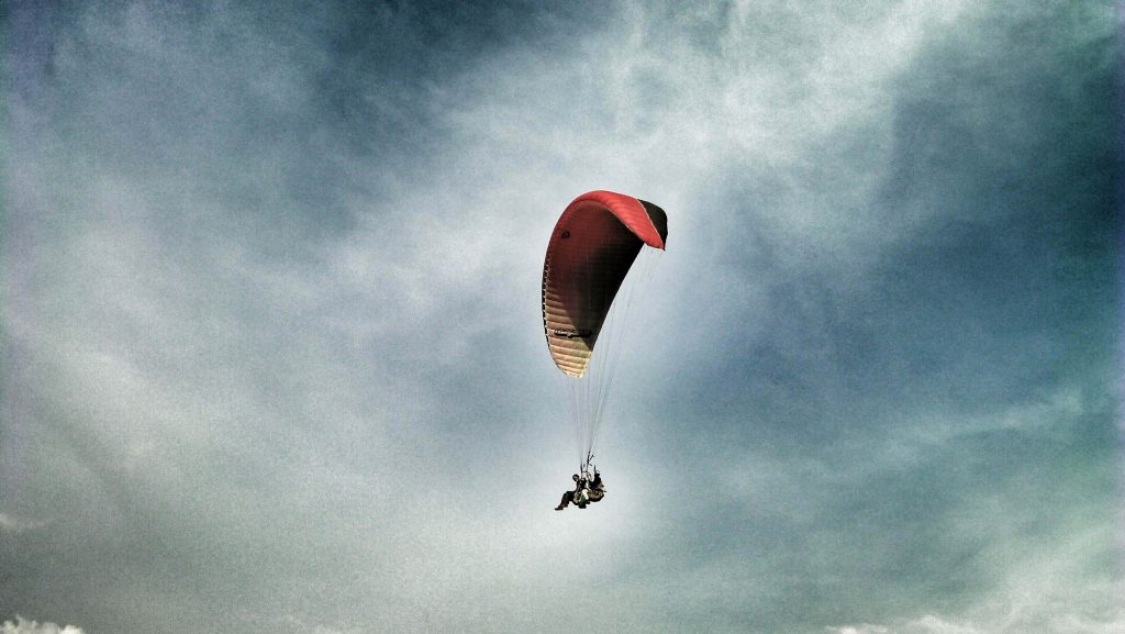 Paragliding - flying together